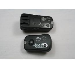 Pixel Pawn TF-361 Salama- ja Langaton kaukolaukaisin Canon Kameroille